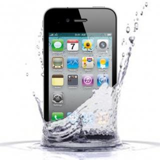 Чистка iPhone 5C после попадания влаги