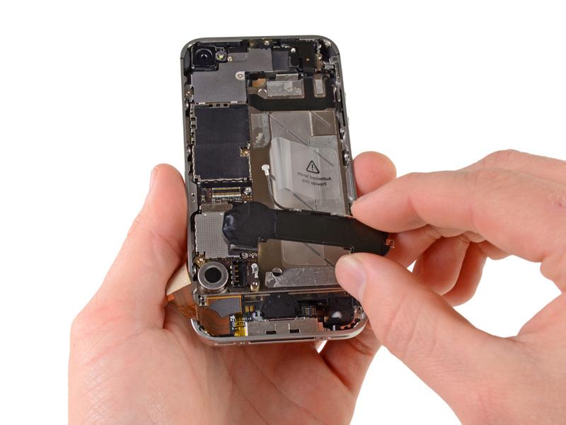 Замена слухового динамика iPhone