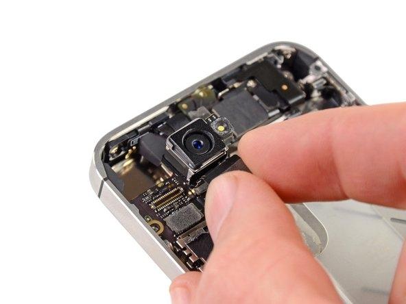 Замена материнской платы iPhone 6